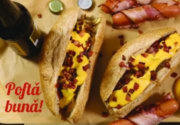 Hot Dog cu crenvurști înveliți în bacon
